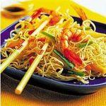 Fideos chinos fritos con camarones