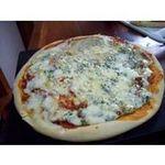 Pizza a la piedra de roquefort