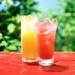 Ponche de frutas tropicales